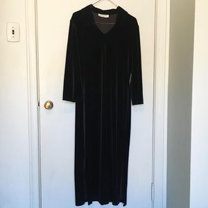 Dresses & Skirts - Vintage Velvet Dress